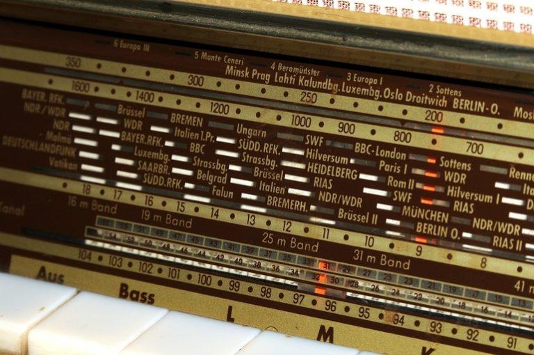 DAB Radio-1